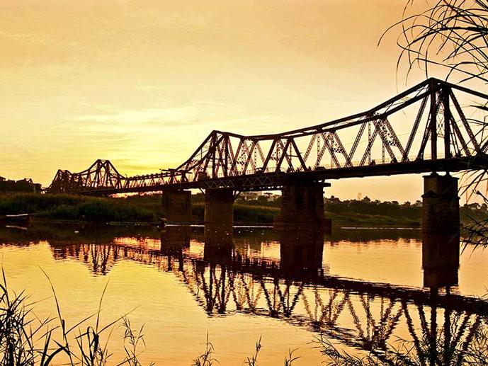 Pont de Long Bien, Hanoi, Vietnam