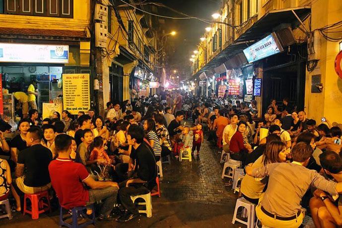 Rue Ta Hien, Hanoi, Vietnam