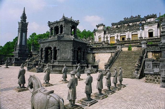 Tombeau de Khai Dinh, Hue, Vietnam